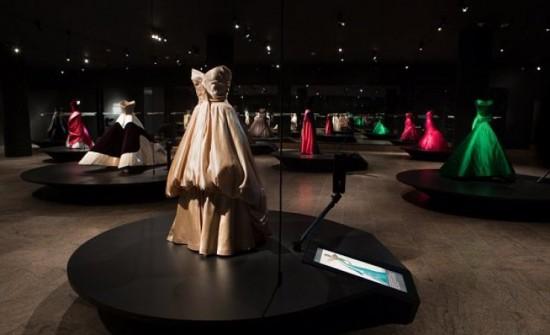 Costume-Institute_Metropolitan-Museum-of-Art